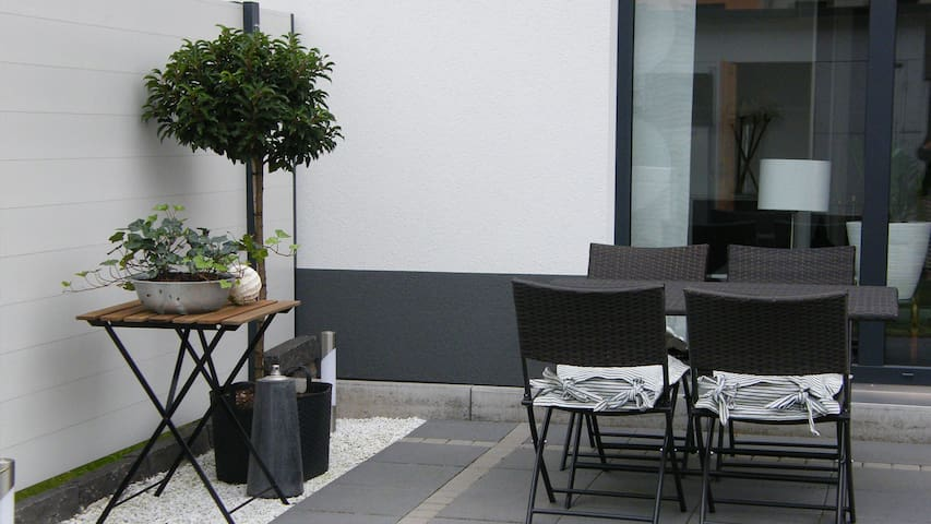 TLA/Ferienhaus Fliederweg:Geschäftsreisen geeignet - Landstuhl - Casa
