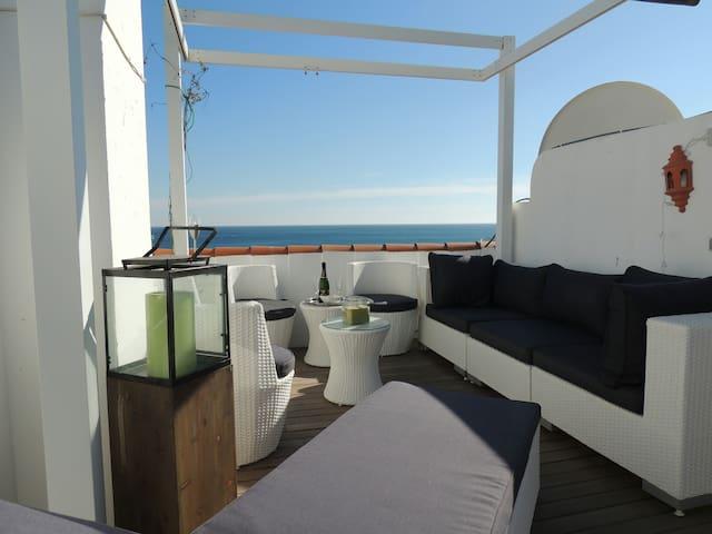 Belle maison face à la mer REF2203 - Manilva - Hus