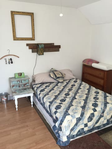 Comfortable Room Near Old Orchard - Saco - Huis