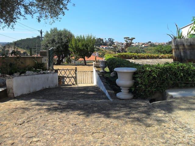Quinta dos Avós Casa do Feitor - Leiria - Hus