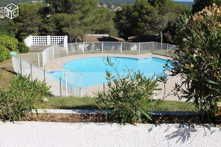 Appartement avec golf et piscine - Saint-Gély-du-Fesc - Lägenhet
