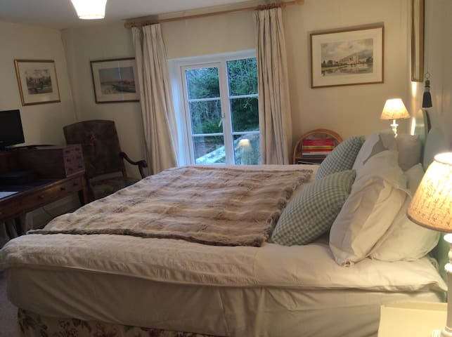 Garden Cottage Bed and Breakfast - Hampshire - Bed & Breakfast