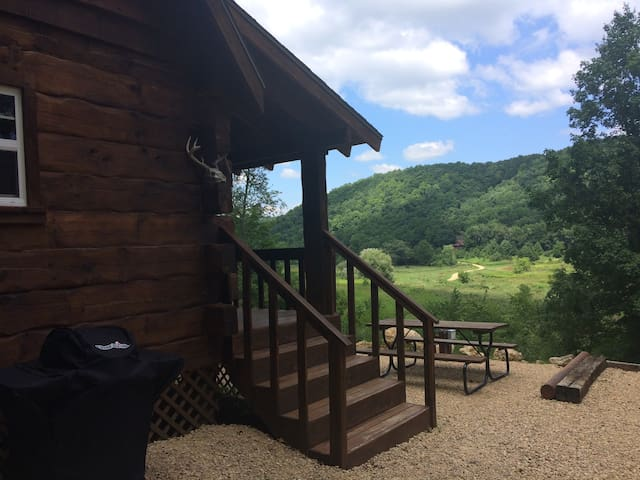Bishop Creek Cabin - Fly Fishing in Driftless Area