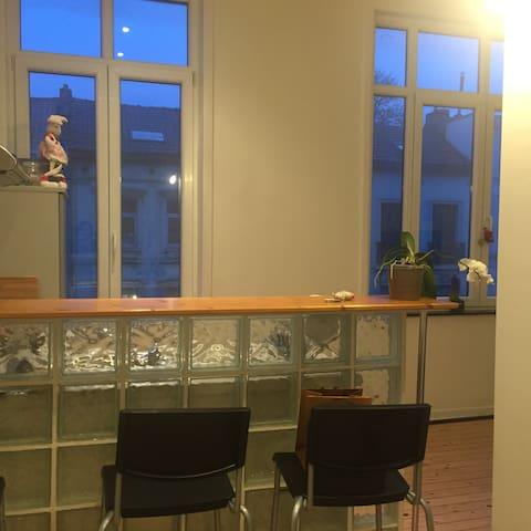 Lovely apartment in trendy area - Ixelles - Apartment