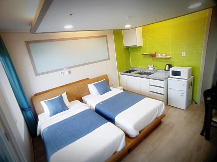 산방산근처☆트윈룸(싱글침대2개)☆조용하고깨끗