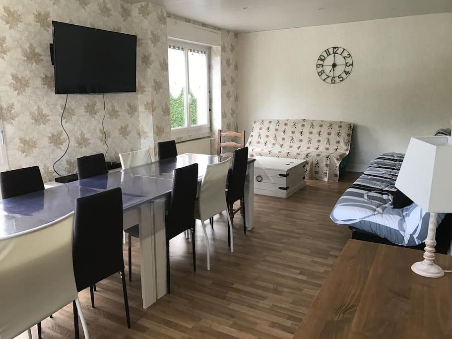 Rez de chauss e houses for rent in brouvelieures grand for Garage ad la bresse