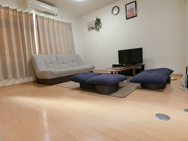 Center Of Kyoto Appropriate For A Group Or Family Houses For Rent In Yakushicho Nisinotouin