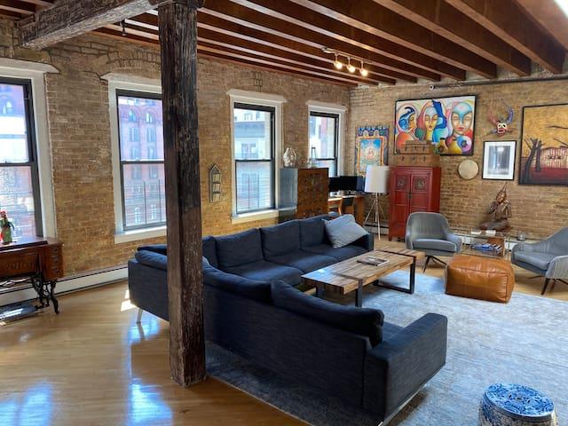 URBAN OASIS: 1,500 SF TriBeCa Penthouse Loft