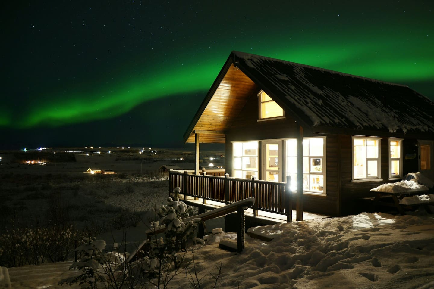 The house underneath the northern lights