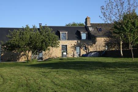 Belle maison avec vue exceptionnelle sur la vallée
