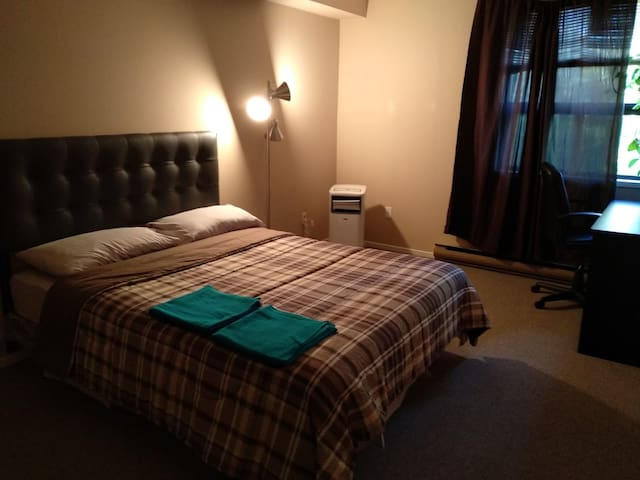 Comfy 3 bedroom Apartment