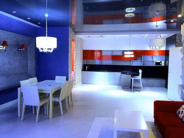 Элитная 3х комнатная в новом доме по Кунаева