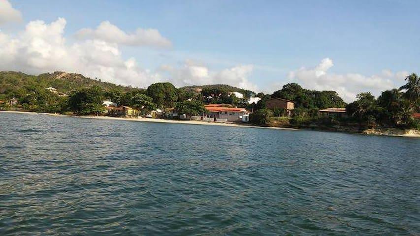 Casa Avarandada em Frente ao Mar na Bahia - Saubara