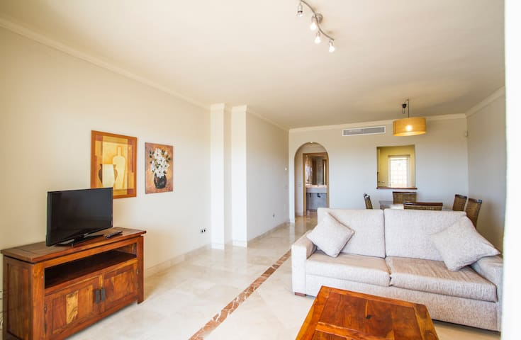 Very luminous house with terrace and pool 2 - Estepona - Hus