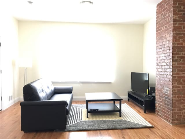 Lovely 2 Bedroom - Close to NYC! - Guttenberg - Leilighet