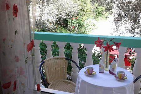 Two bedroom apartment with views of the olive