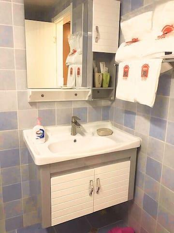 卫浴洗手台