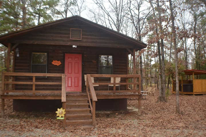 Oak View Cabin - Broken Bow