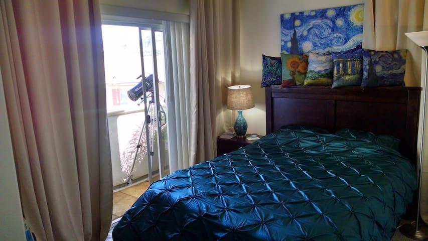 SixFlags luxury room,private bath&balcony-Van Gogh