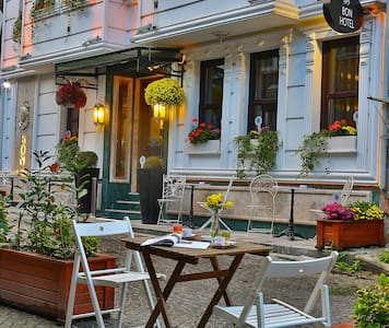 Next to The Basilica Cistern - Istanbul - Bed & Breakfast
