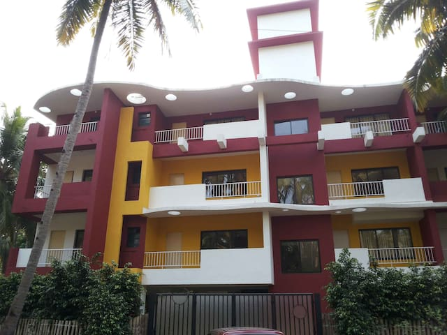 2 Bhk cozy apt Near Park Hyatt Goa - Arossim - Appartement