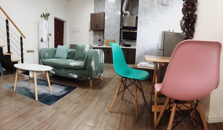 QAQ西南商贸城loft公寓