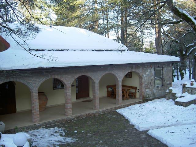 Casa del Ghiro nel Montefeltro - Maiolo