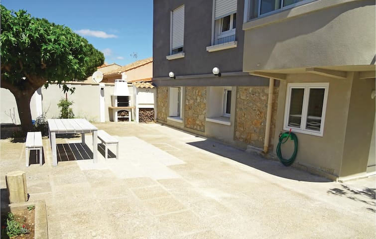 Holiday apartment with 1 bedroom on 45 m² in Vinassan