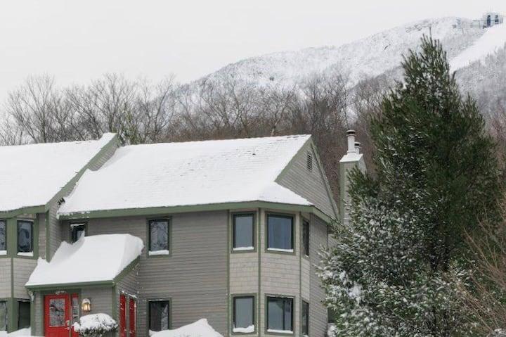 Jay Peak slopeside family ski home.