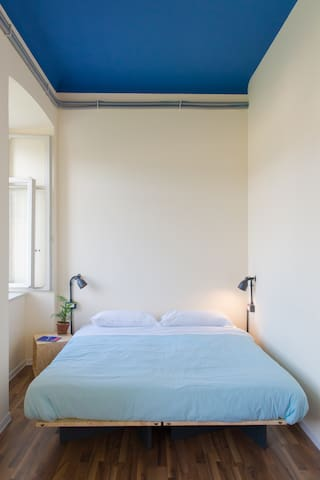 Single Bedroom @ ControVento - Free Breakfast