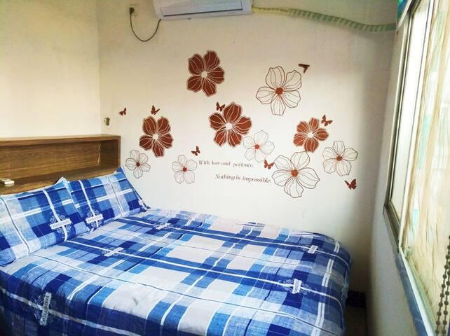 湘潭宾馆附近,3楼独立一室户,阳光大床房,安全干净整洁舒适。