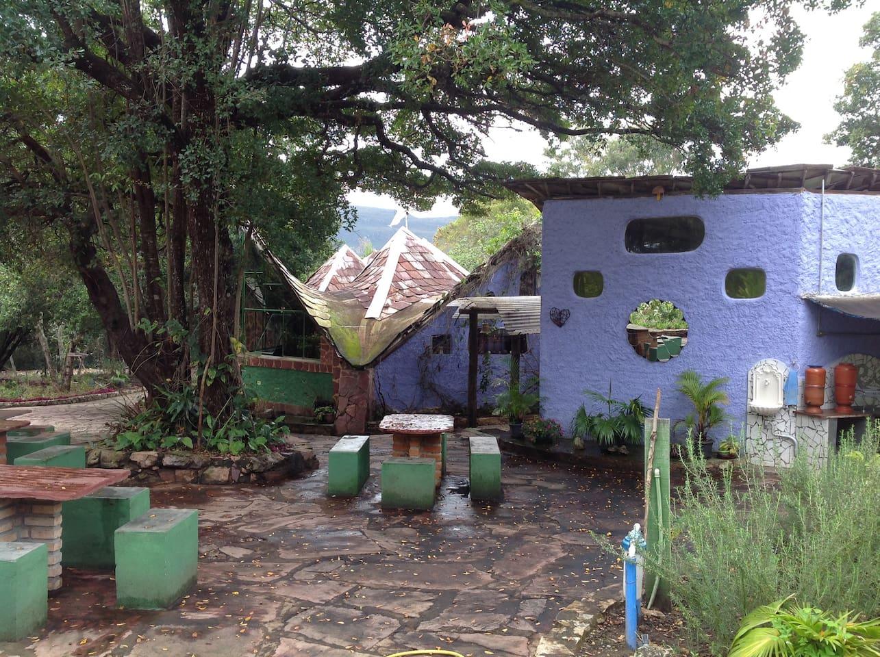 Shantini  espaço vivencial. refeitório, biblioteca, cozinha