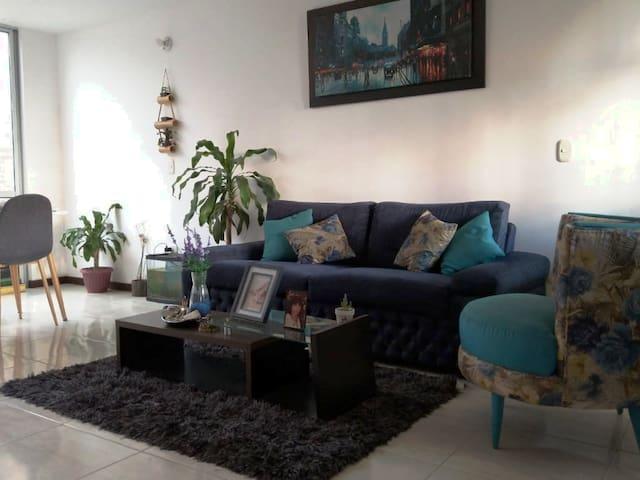 Espectacular Habitación. Cerca Aeropuerto Palmira