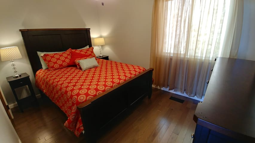 Pillow Top Beds, high-end linens, luxury decor! Bedroom #2