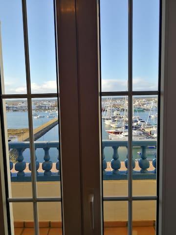 Vistas impresionantes a la Marina de Isla Canela - Isla Canela