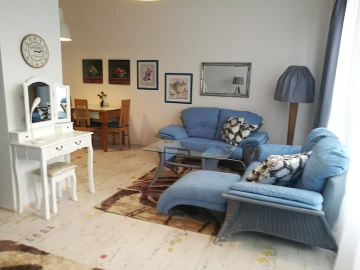 Modrý byt v Chomutově