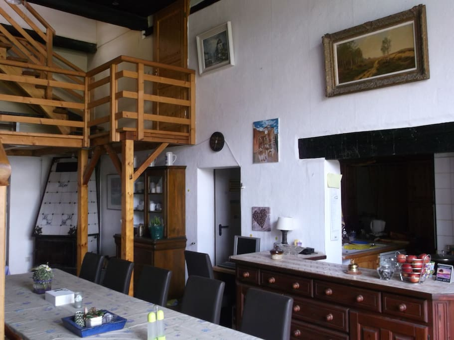 Diele voor ontbijt en ontmoetingsruimte