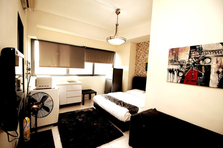 STUDIO-SUITES @JJH SERVICED APARTMENT
