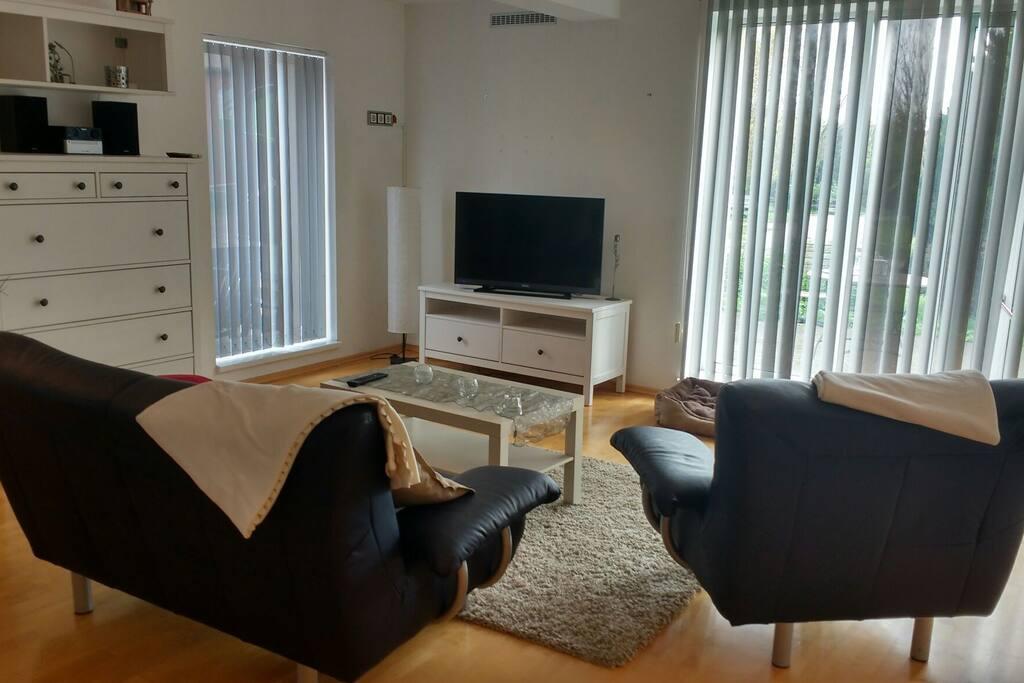 ferienwohnung auf dem reiterhof wohnungen zur miete in halle saale sachsen anhalt deutschland. Black Bedroom Furniture Sets. Home Design Ideas