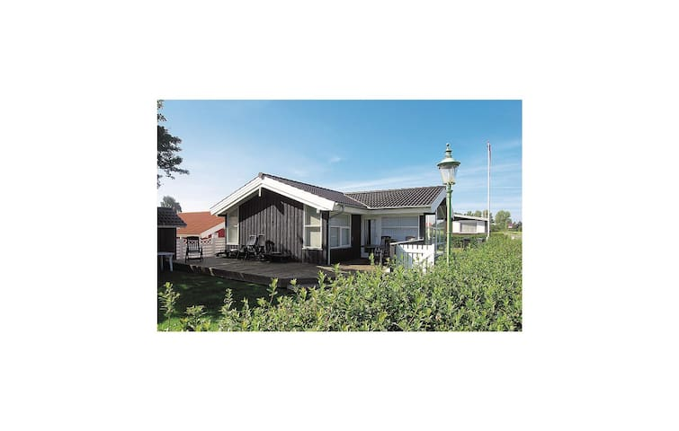 Holiday cottage with 3 bedrooms on 76 m² in Nyborg