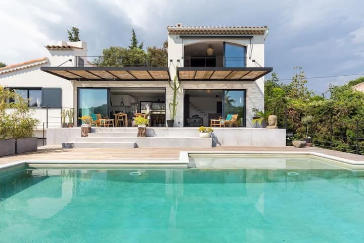 Valbonne luxury modern villa with pool