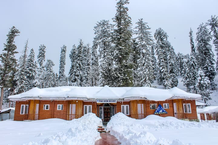 Pine View Resort Gulmarg Deluxe Room 1