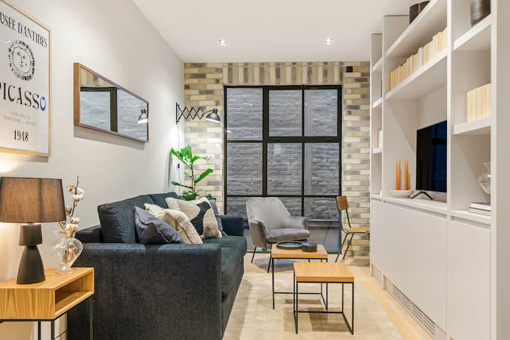 BEAUTIFUL BRAND NEW ONE-BED APT BLOOMSBURY/KING'S CROSS