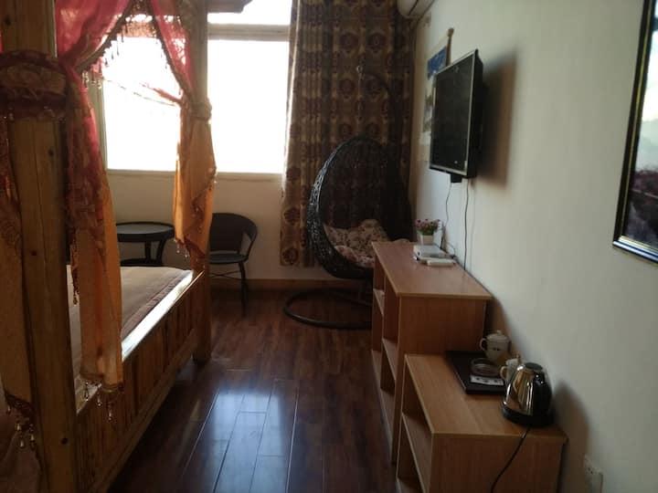 藏式古床大床房
