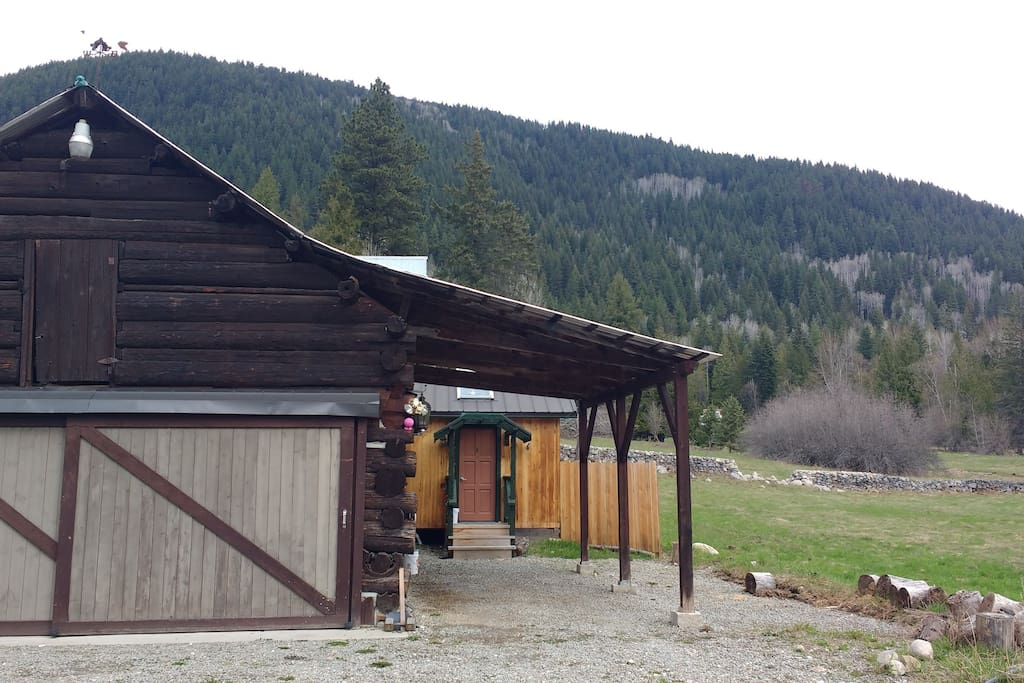 Old barn and cabin