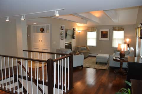 High End Apartment in Downtown Hallowell