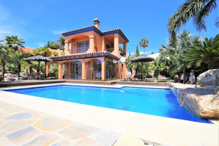 Estepona Villa Stunning Views HOJA