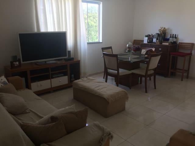 Excelente quarto Barbacena - MG - Barbacena - Apartment