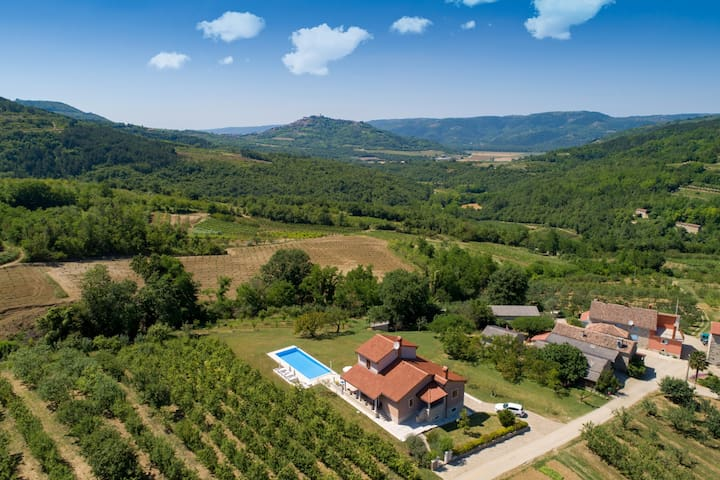 Airbnb Paladini Vacation Rentals Places To Stay Istarska