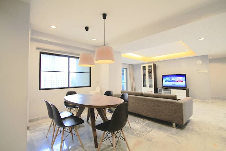 ♥LARGE 2BR Suite 2 in CHANGKAT, w/ Parking & WiFi♥